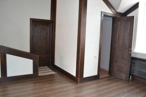 Двери из какого массива лучше