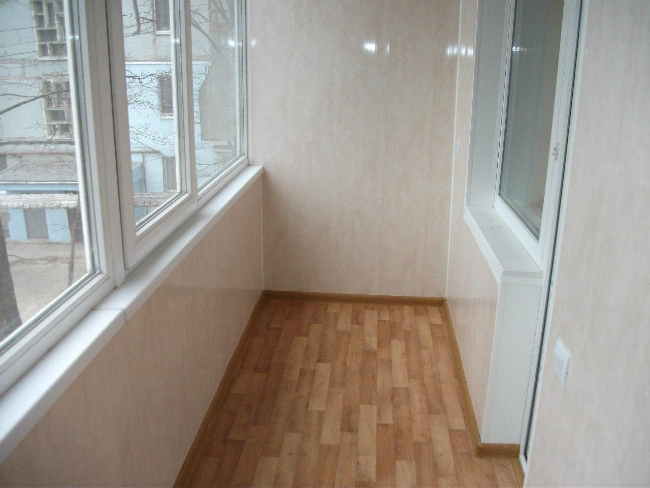 Фото маленьких балконов внутри..