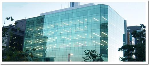 Использование витражных конструкций в качестве витрин