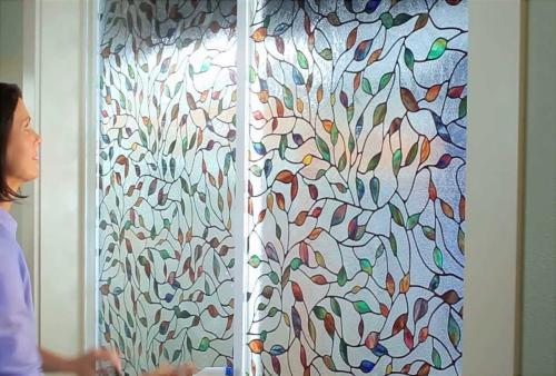 Декоративная пленка на стекле