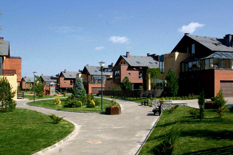 Отличительные особенности дома в поселке