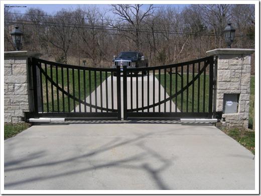 Преимущества распашных ворот