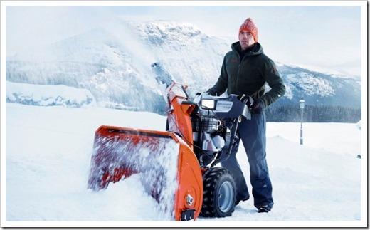 Пытаемся справиться со снегом народными средствами