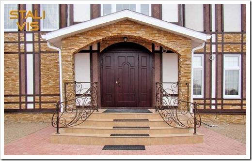 Различные типы материалов, применяемых в создании входной двери