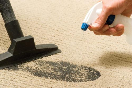 Как почистить синтетический ковер в домашних условиях
