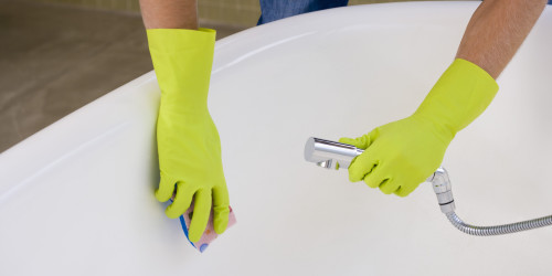 Чем хороша акриловая ванна и чем ее мыть