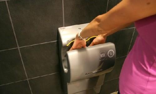 Как выбрать сушилку для рук