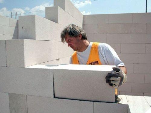 Как построить дом из газоблока своими руками