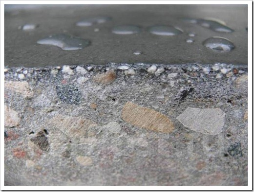Откуда в бетон проникает влага?
