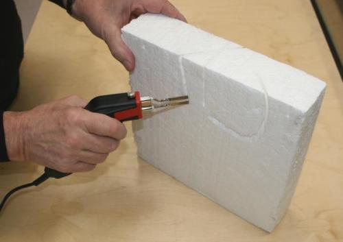 Как резать поролон в домашних условиях