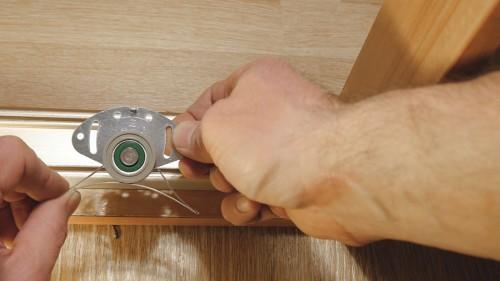 Как отрегулировать раздвижные двери шкафа купе