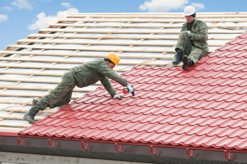 Какую металлочерепицу выбрать для крыши