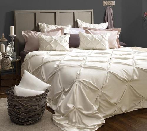 Как выбрать покрывало на кровать в спальню