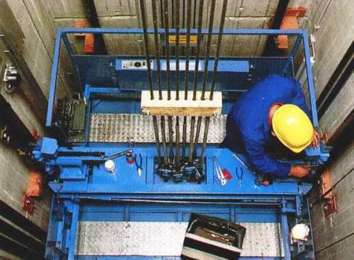 Что входит в техническое обслуживание лифтов