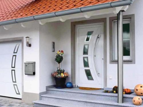 Какую поставить входную дверь в частный дом
