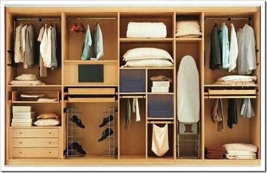 Отличия между встроенными и корпусными шкафами